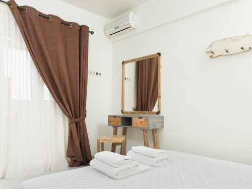 1 Bedroom Apartment Alkioni